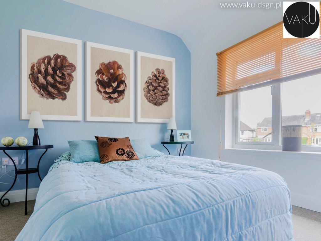 Mieszanie kolorów we wnętrzu to prawdziwa sztuka dekoracji - nawet pozornie najbardziej skrajne kolory mogą tworzyć zaskakująco spójną całość. Na powyższym przykładzie sypialnia w błękitach z delikatnymi dekoracjami w kolorze brązowym, podkreślonym dodatkowo obrazami z mocnym akcentem takiej samej barwy.