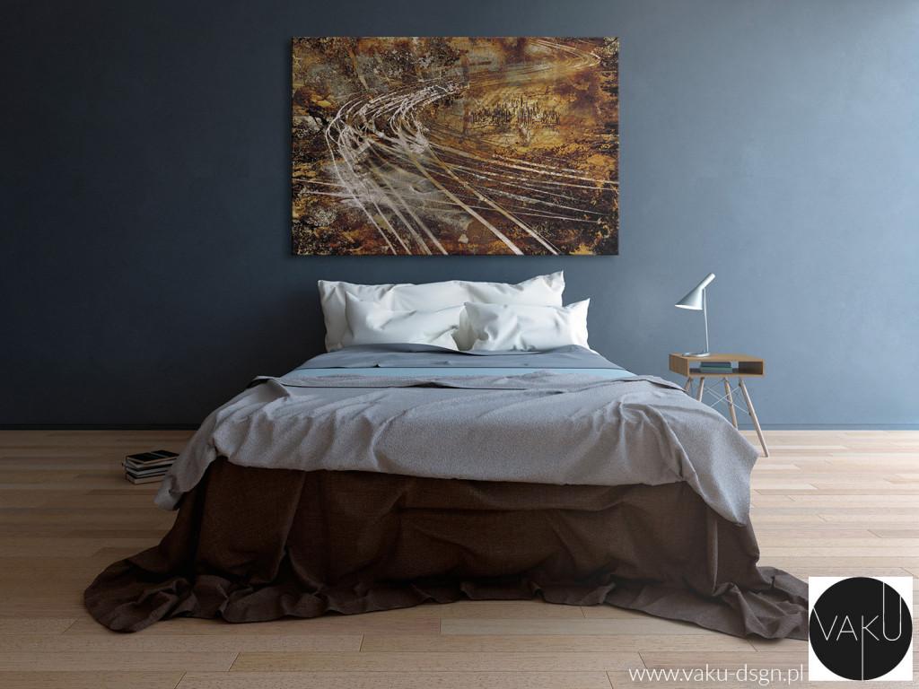 Dynamiczna abstrakcja w odcieniach brązu prezentuje się elegancko w surowym, minimalistycznym wnętrzu.