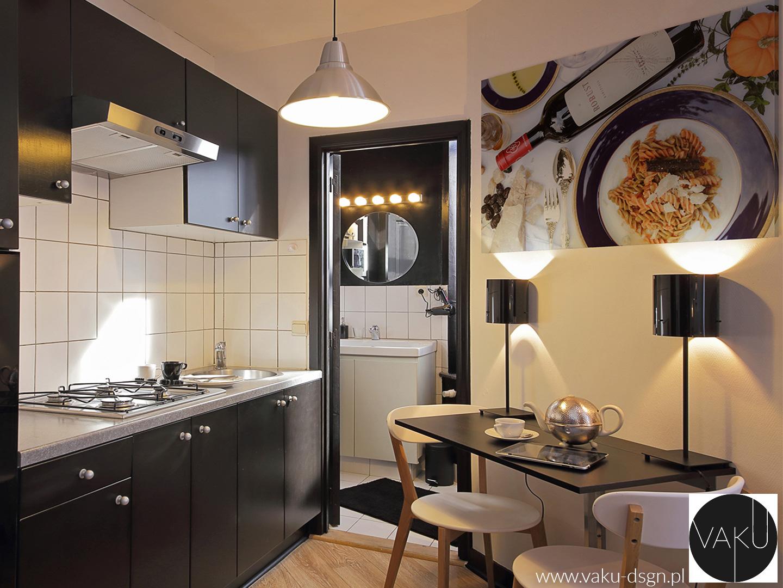 mała kuchnia w czerni