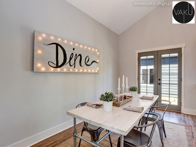 podświetlony napis do jadalni