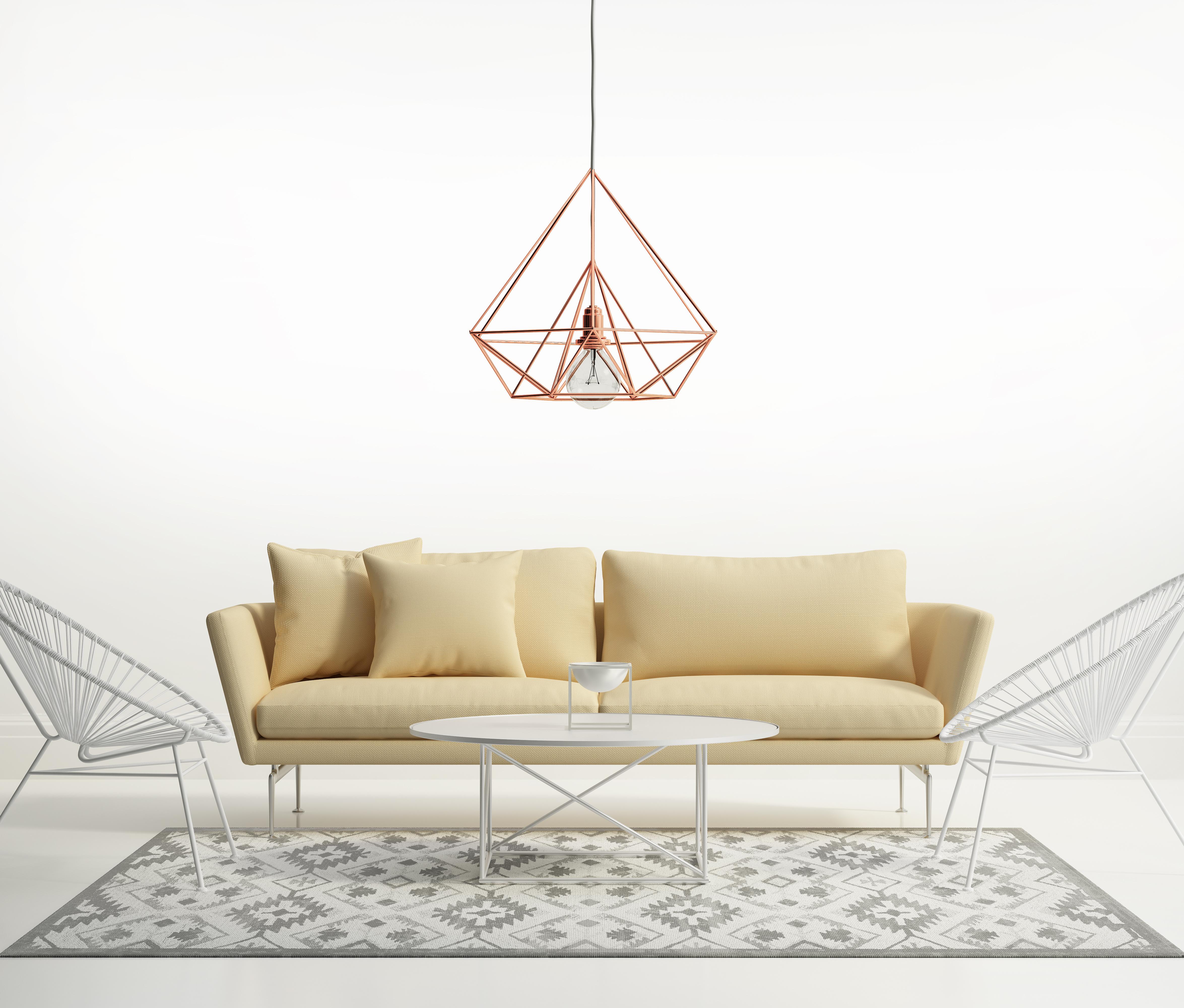 geometryczny żyrandol w kolorze rose gold
